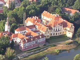 Zbraslavský zámek z výšky, Praha 5 Zbraslav
